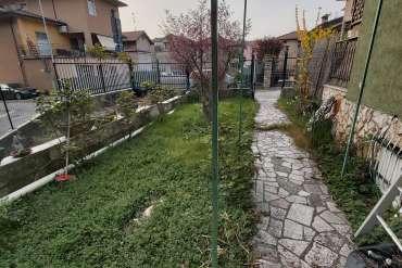 Trilocale con giardino - Villa Carcina